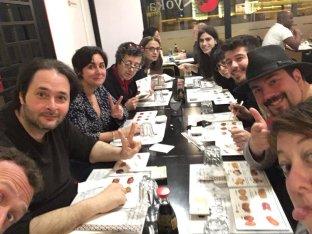 Haciendo amigos y cenando con autores